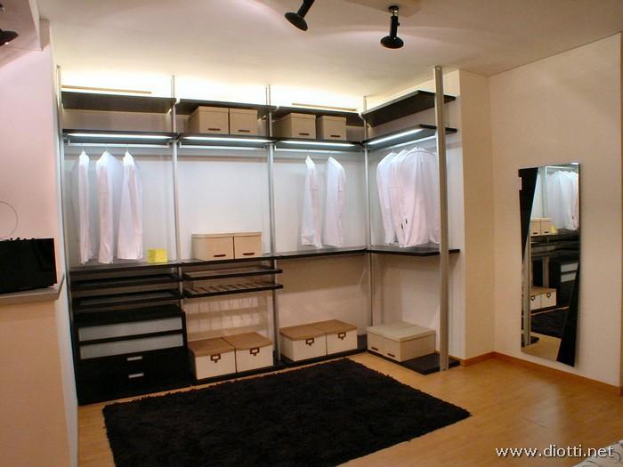 Sistema modulare per cabina armadio diotti a f arredamenti - Attrezzature per cabine armadio ...