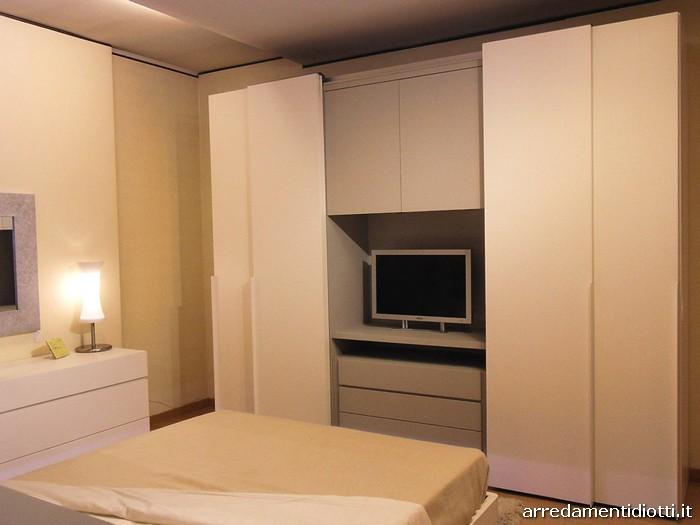 Armadi Con Tv Incorporata. Perfect Ikea Puoi Trovare Molte Integrate ...