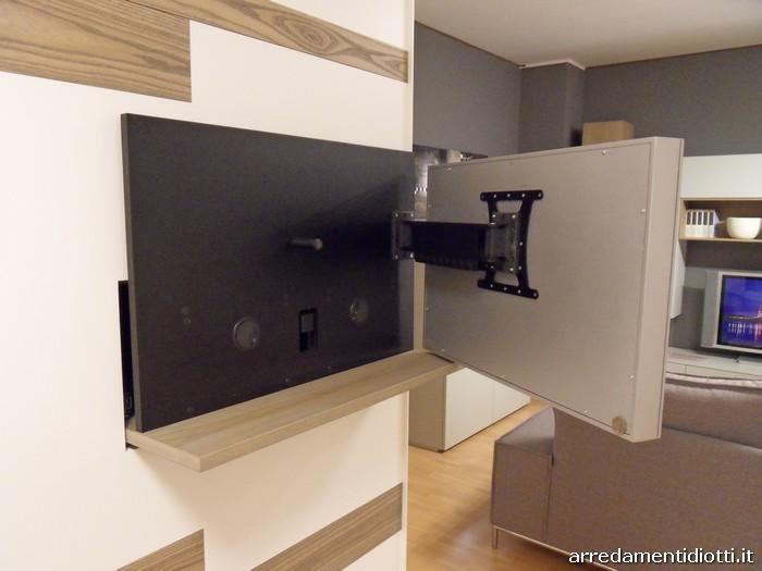 Armadio scorrevole Emotion con porta tv integrato - DIOTTI A&F Arredamenti