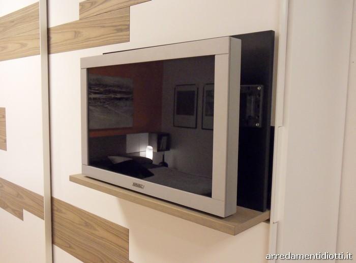 Armadio Scorrevole Porta Tv Mindland : Armadio scorrevole emotion con porta tv integrato diotti