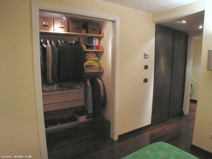 Armadi su misura a milano diotti a f arredamenti - Cabina armadio in camera da letto piccola ...