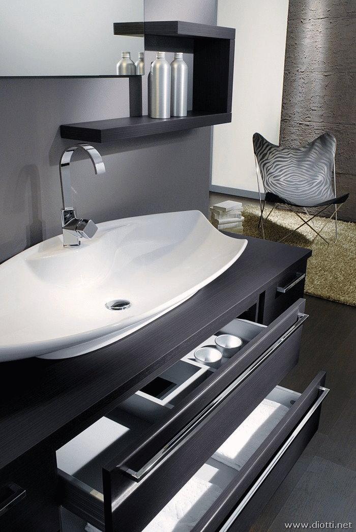 Bagno moderno sospeso modello osaka diotti a f arredamenti for Mobili per il bagno moderni