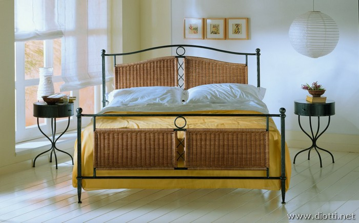 Gelsomino wrought iron wicker canopy bed
