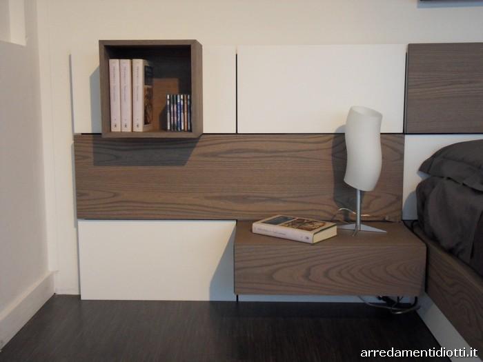 Letto plan con boiserie modulabile e riposizionabile - Camera da letto rovere sbiancato ...