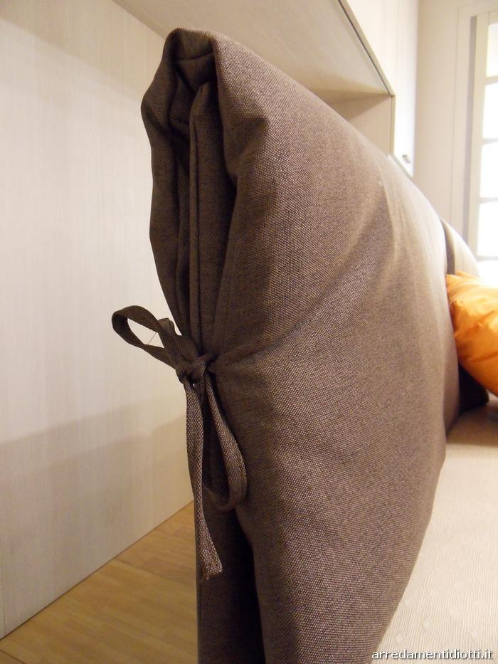 Letto imbottito con contenitore portman diotti a f for Diotti a f arredamenti lentate sul seveso monza e brianza