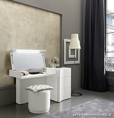 Toilette da camera con specchio e contenitore - DIOTTI A&F Arredamenti