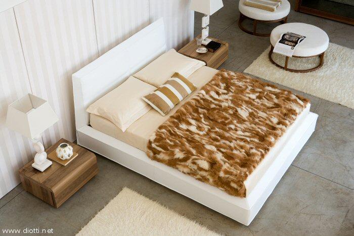 Arredamenti diotti a f il blog su mobili ed arredamento d 39 interni letti in pelle bianca - Camere da letto in pelle ...