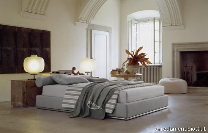 letto sommier imbottito modello max diotti a f arredamenti. Black Bedroom Furniture Sets. Home Design Ideas