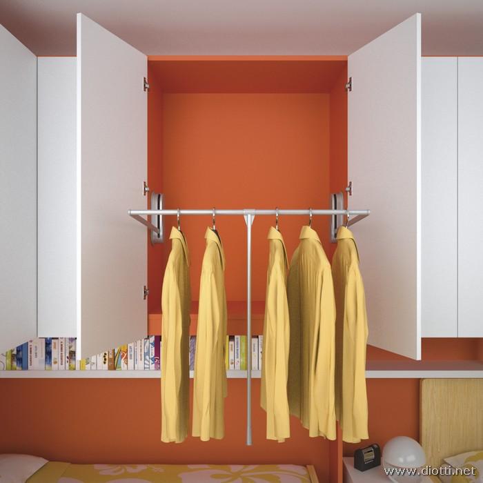 Young-armadio-appendiabiti-abbassato-laccato-bianco-arancio-big