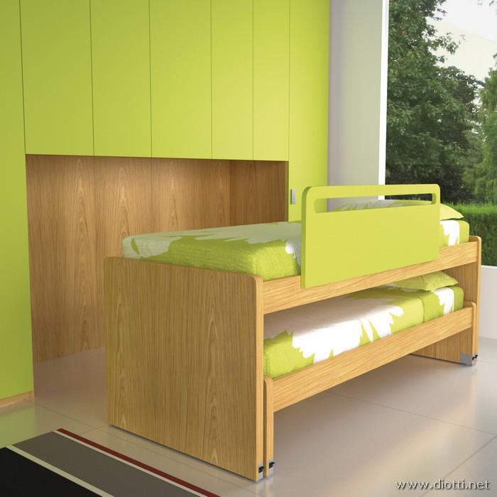 Young-armadio-ponte-laccato-verde-aperti-big