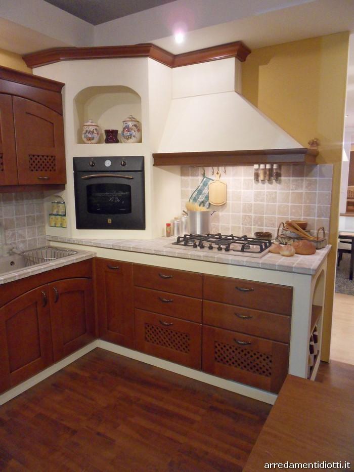Cucina dalia classica in muratura diotti a f arredamenti for Mobili da cucina in offerta