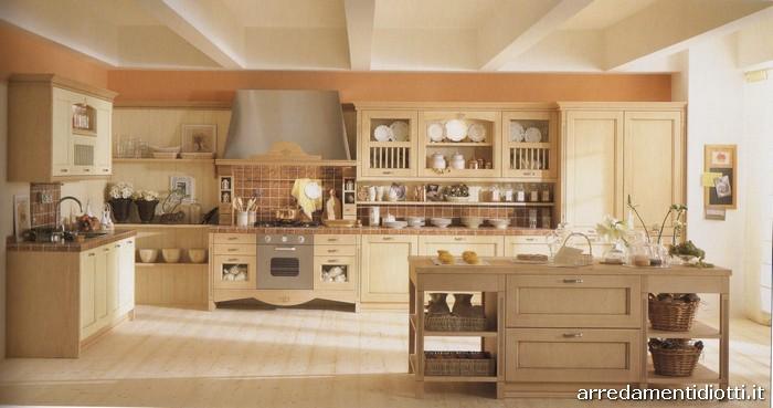 Cucina country classica asolo diotti a f arredamenti for Cucine classiche con isola centrale