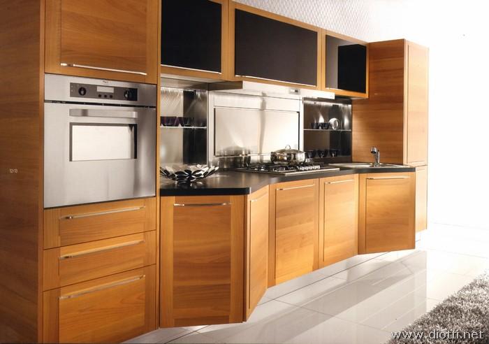 Cucina Quadra in legno con basi sagomate - DIOTTI A&F Arredamenti