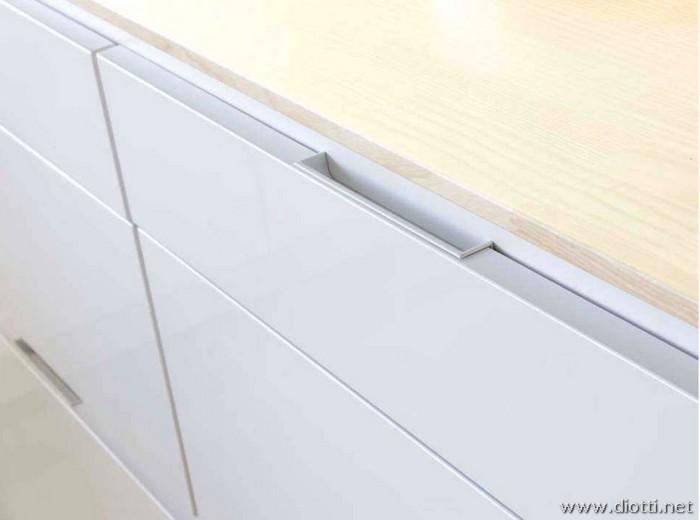 Orange di snaidero l 39 evoluzione della cucina diotti a f - Maniglie ante cucina ...