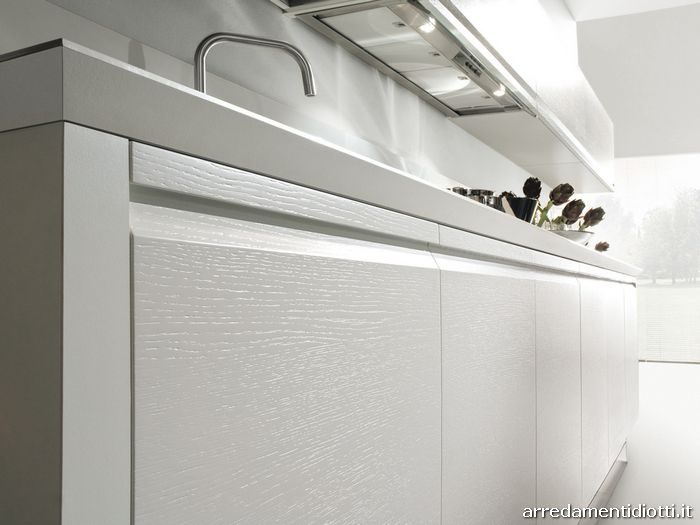 Zerocinque cucina maniglia pantografata diotti a f arredamenti - Cucina laccato bianco ...