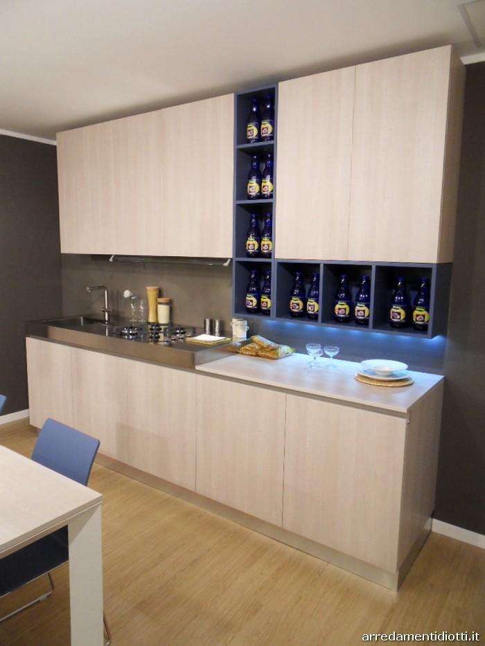 Cucina Grafica moderna in legno rovere gesso - DIOTTI A&F Arredamenti