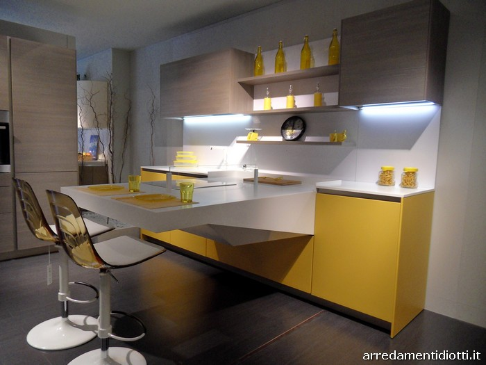 Cucina board con piano di lavoro a sbalzo diotti a f - Cucine grigio perla ...