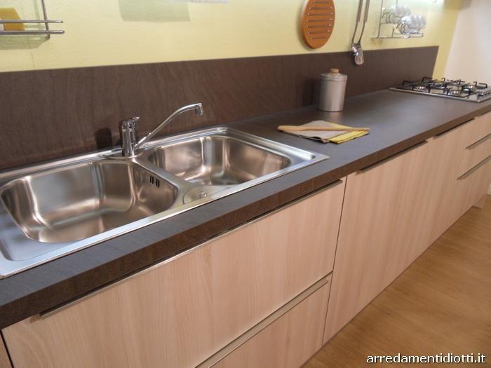 Cucina moderna abaco di snaidero in laminato con maniglia - Anta cucina laminato ...