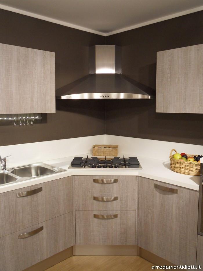Cucina grafica ghiro angolare in rovere tranch diotti a - Cappa cucina moderna ...