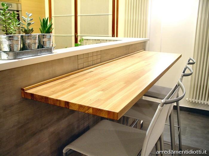 Un cliente di cerro diotti a f arredamenti - Bancone cucina legno ...