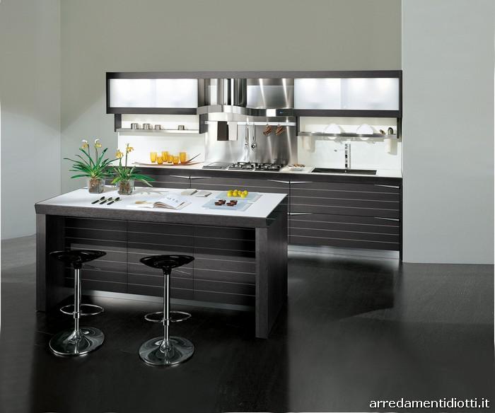 Cucina Moderna Con Anta A Telaio In Ciliegio Lineare Metri 3 45 Con