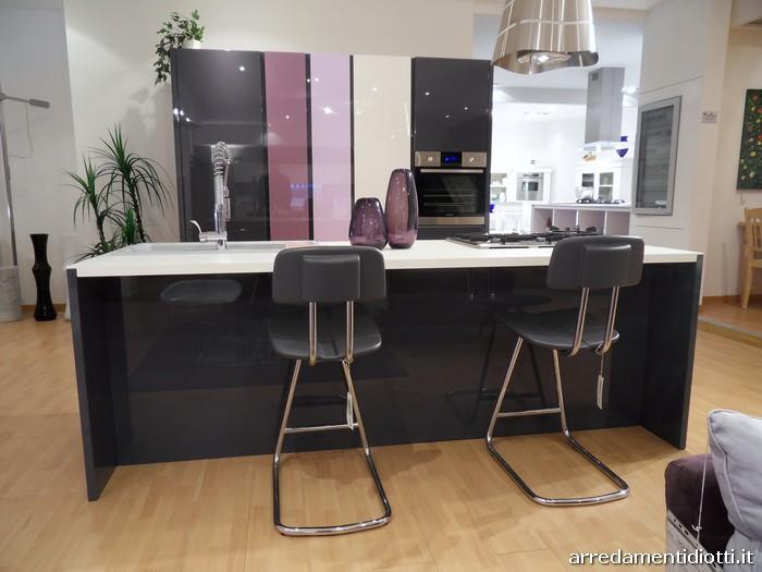 Cucina domus e soggiorno my space insieme in uno spazio coordinato diotti a f arredamenti - Cucina open space con isola ...