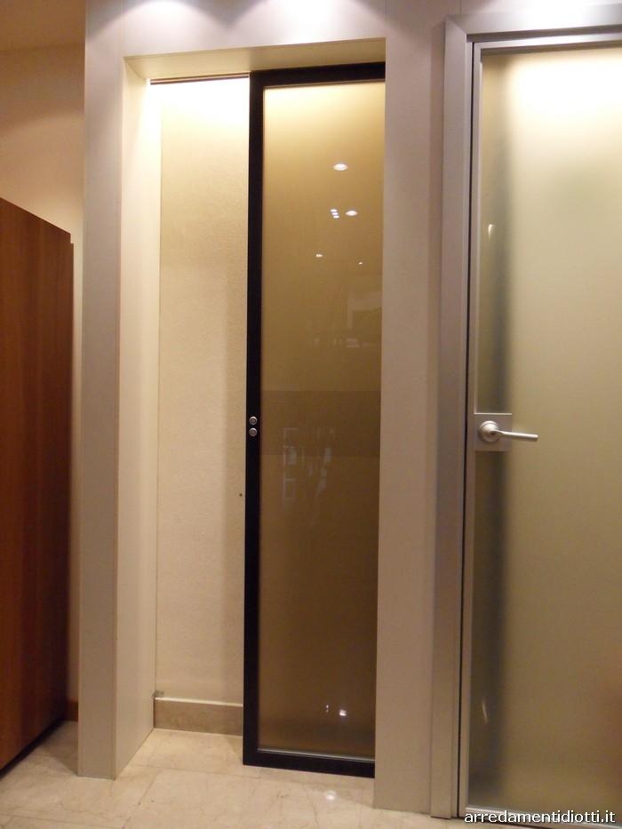 Porta scorrevole xila e porta battente next diotti a f - Porta scorrevole vetro offerta ...