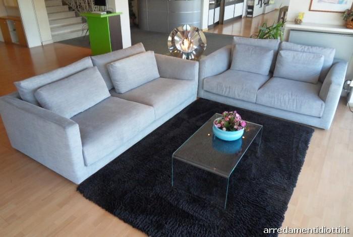 Divano cereus con doppi cuscini di schienale diotti a f arredamenti - Cuscini schienale divano ...