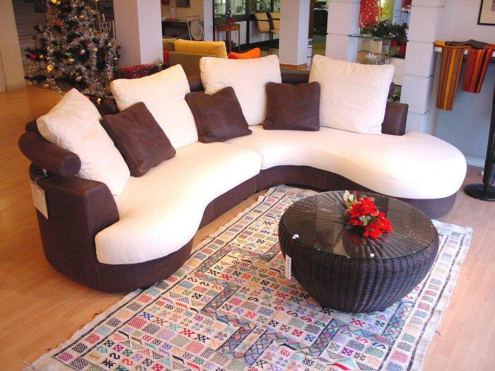 Cuscini divani grandi idee per il design della casa - Divano harry mondo convenienza ...