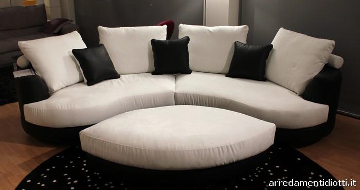 Divani ovali 28 images tavoli ovali ikea divano angolare curvo componibile diotti a f best - Divano curvo design ...