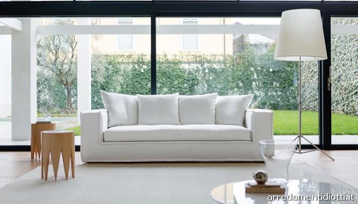 Divano hamilton con bordino e cuscinetti di schienale diotti a f arredamenti - Cuscini schienale divano ...