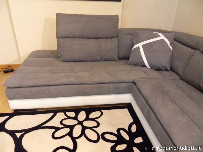 Limousine divano reclinabile bicolore diotti a f arredamenti for Divano microfibra