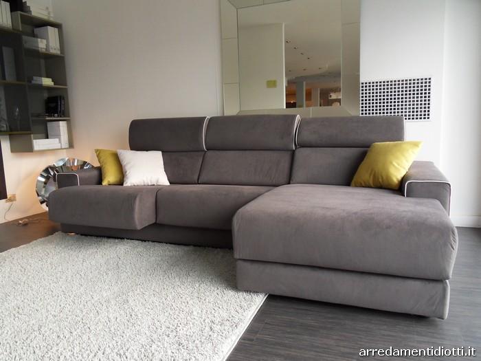 Divano bond con seduta e poggiatesta regolabile diotti a - Poggiatesta per divano ...