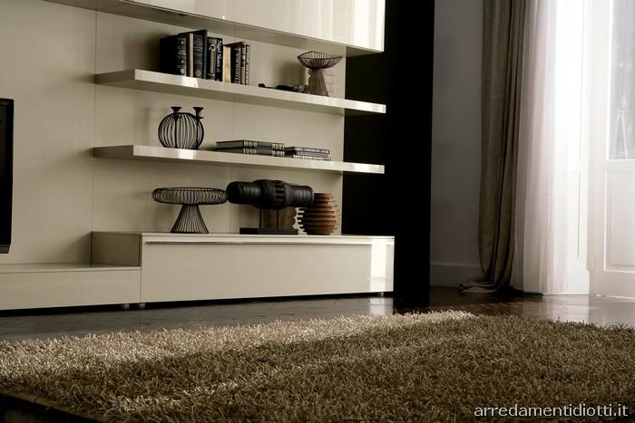 Soggiorni bianchi ikea idee per il design della casa - Mobili laccati bianchi ...