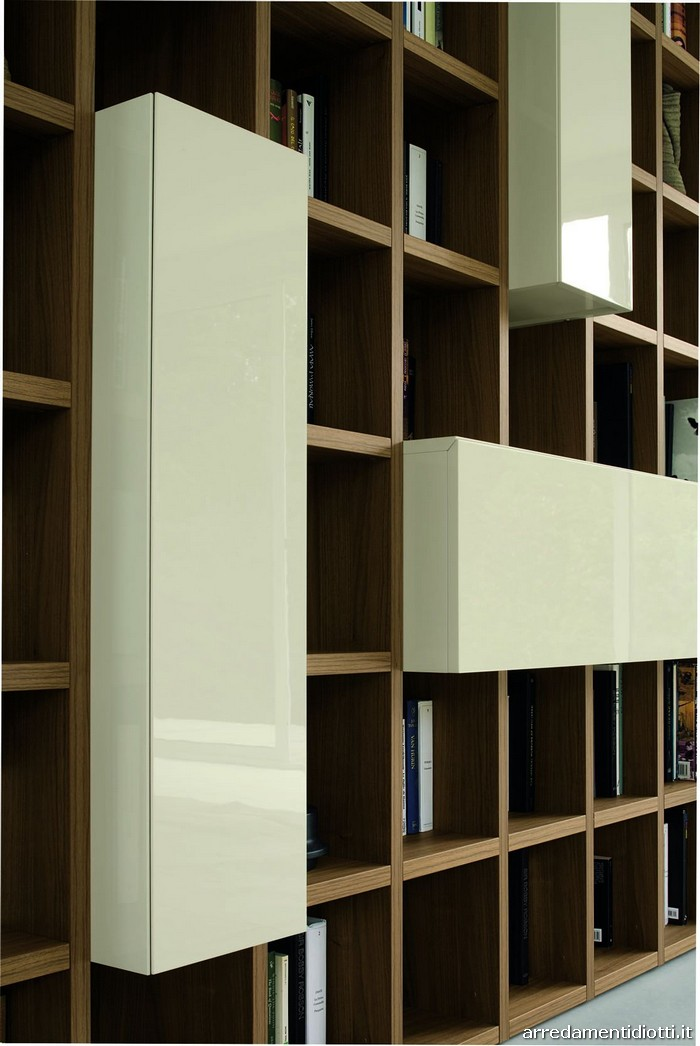 Soggiorni Moderni Brianza : Libreria logo con bussolotti indipendenti diotti a f
