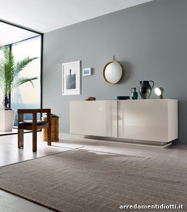 Credenza Glamour laccata lucida sahara