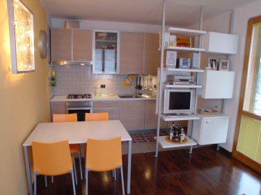 Un cliente di cermenate diotti a f arredamenti - Sala e cucina insieme ...
