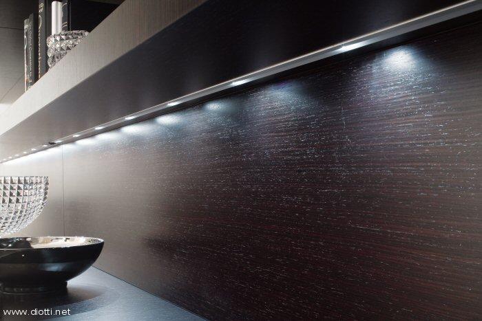 Mensole con illuminazione led u2013 idea dimmagine di decorazione