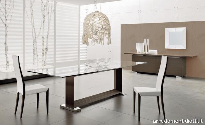 Tavolo fisso monaco con piano in cristallo trasparente for Tavoli in cristallo e acciaio