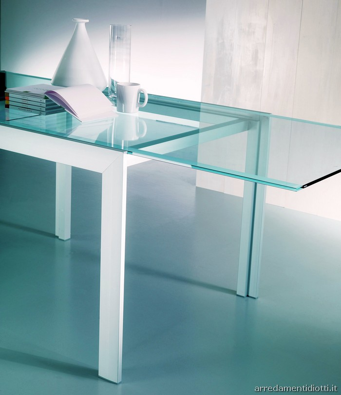 Glass tables i tavoli in vetro idea arredo for Glass tavoli cristallo