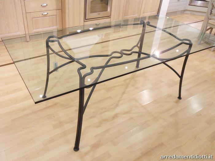 Tavolo e sedie in ferro battuto e vetro diotti a f - Tavoli in ferro battuto per esterni ...