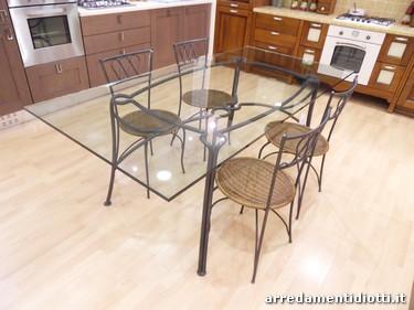 Tavolo e sedie in ferro battuto e vetro diotti a f - Tavolo ferro battuto e vetro ...