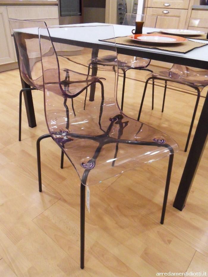 Quattro sedie proposte in prezzo affare caratterizzate da for Diotti a f arredamenti lentate sul seveso monza e brianza