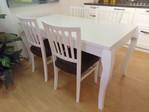 Tavolo e 4 sedie Beverly