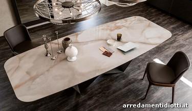 Piano in marmo cheap tavolo in noce con piano in marmo for Tavolo effetto marmo