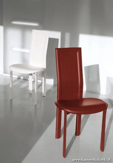 Sedia Lara in cuoio con schienale alto - DIOTTI A&F Arredamenti