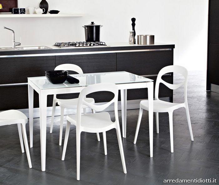 Tavolo Piano Sottile Kronos : Tavolo dal design sottile trasmette leggerezza adatto a